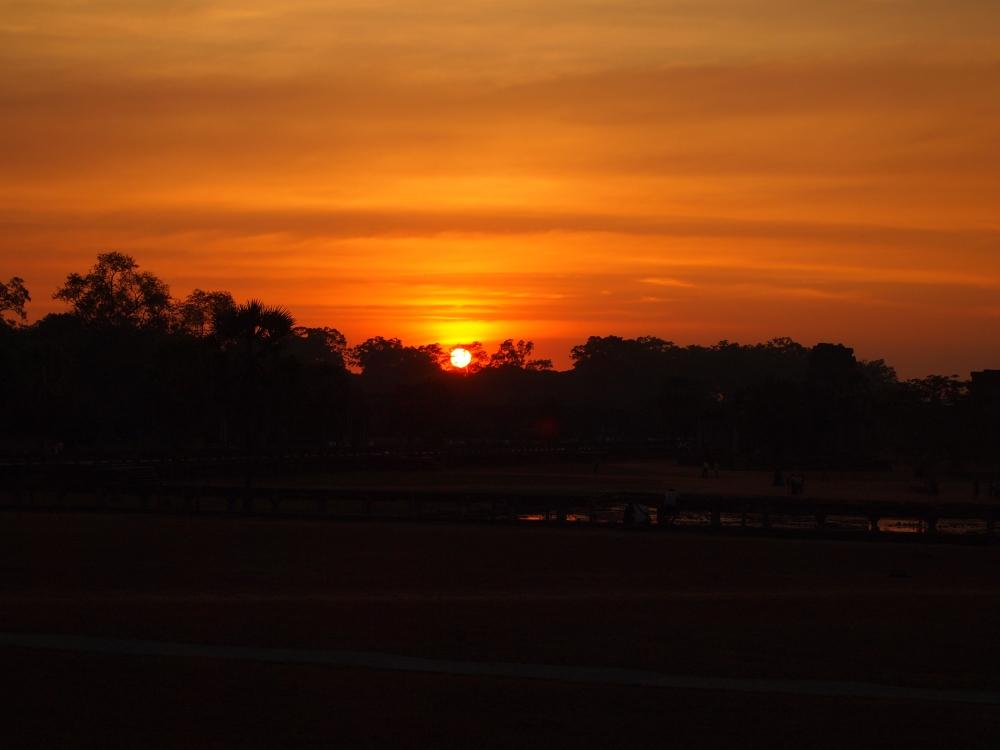 travel theme: sunset (1/3)