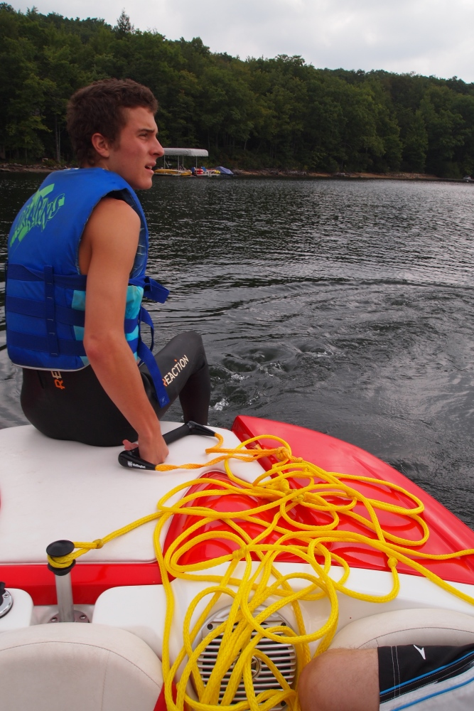 a cloudy & cool day of wakeboarding and tubing (3/6)