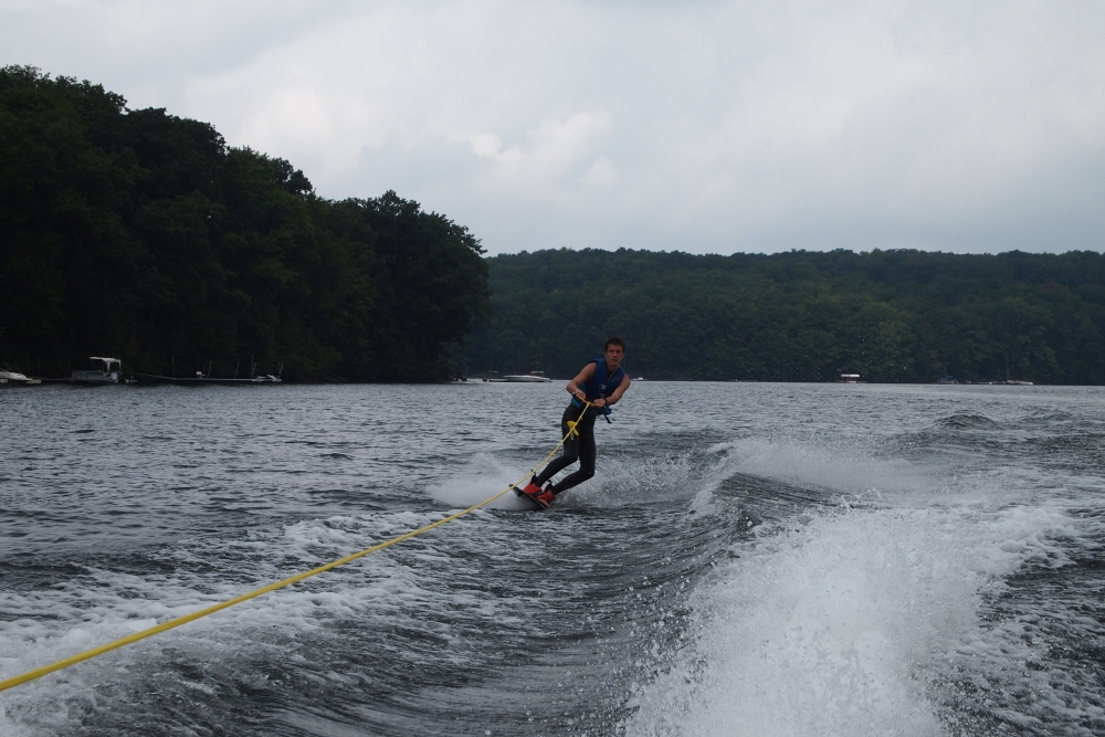 a cloudy & cool day of wakeboarding and tubing (4/6)