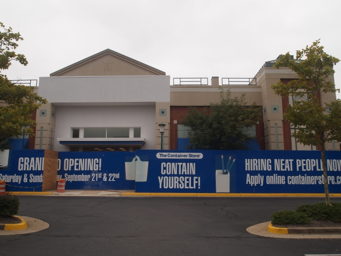 this used to be a very popular Barnes & Noble store; now the Container Store will be here