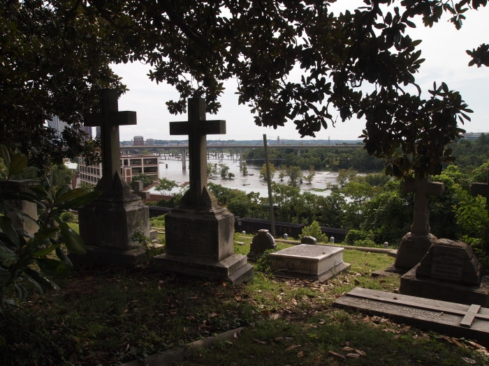 Hollywood Cemetery and the James River