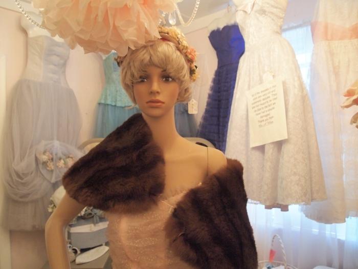 mannequin in pink