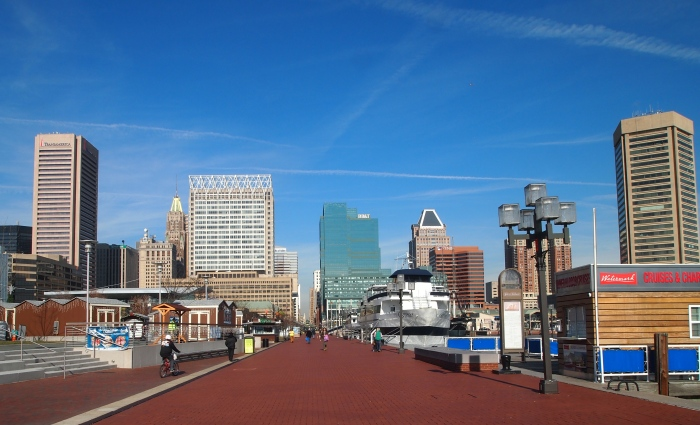 walkway around the Inner Harbor