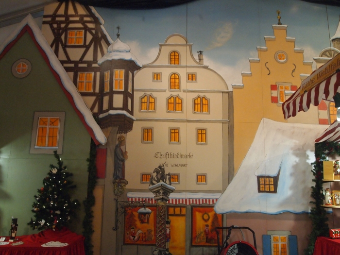 the mural of Rothenburg at Kathe Wohlfahrt