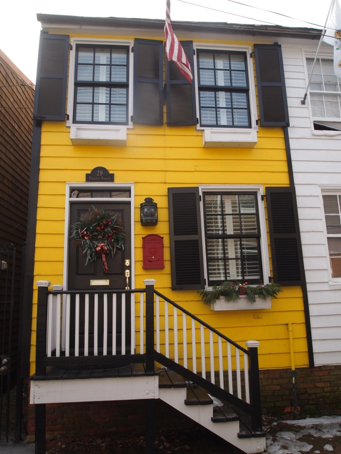 colorful house on Pinkney Street
