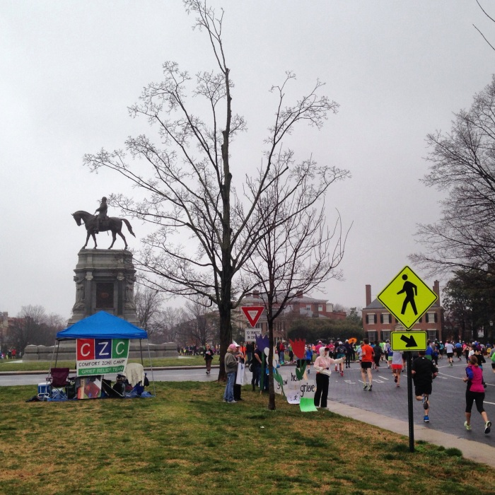 Passing the runners on Monument Avenue as I walk to the start