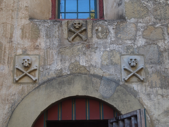 skull carvings over the church doors