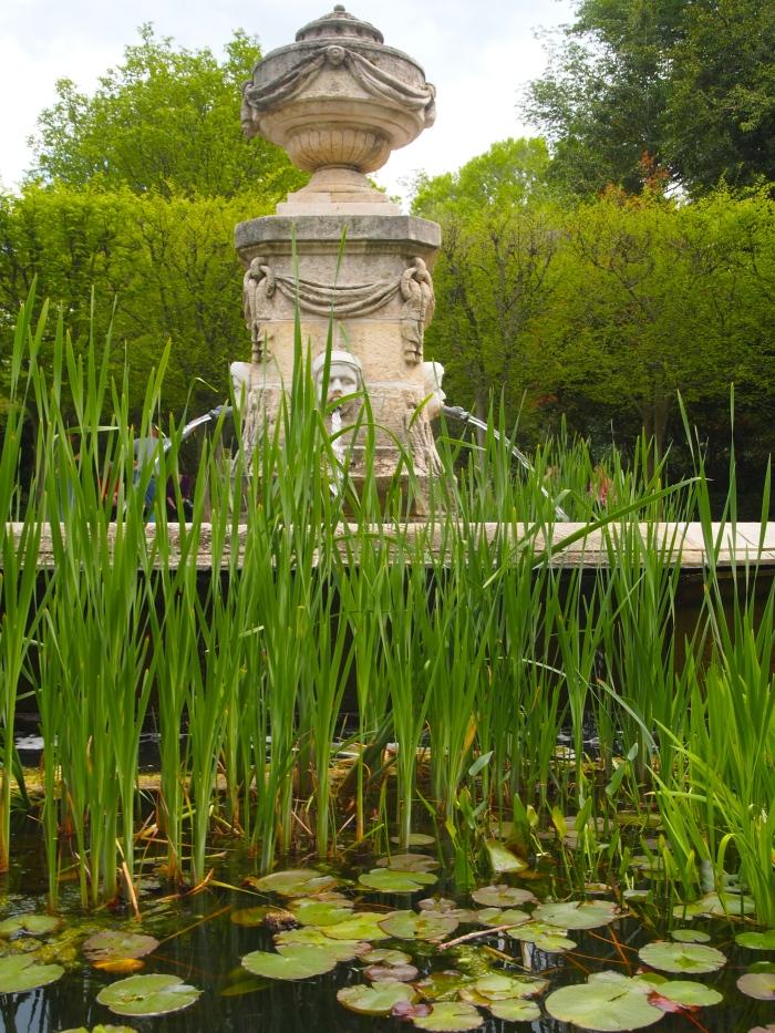 Provencal fountain
