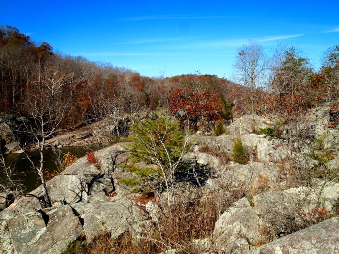 boulders along Billy Goat Trail