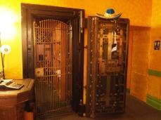 old bank vault at Mi Degollado