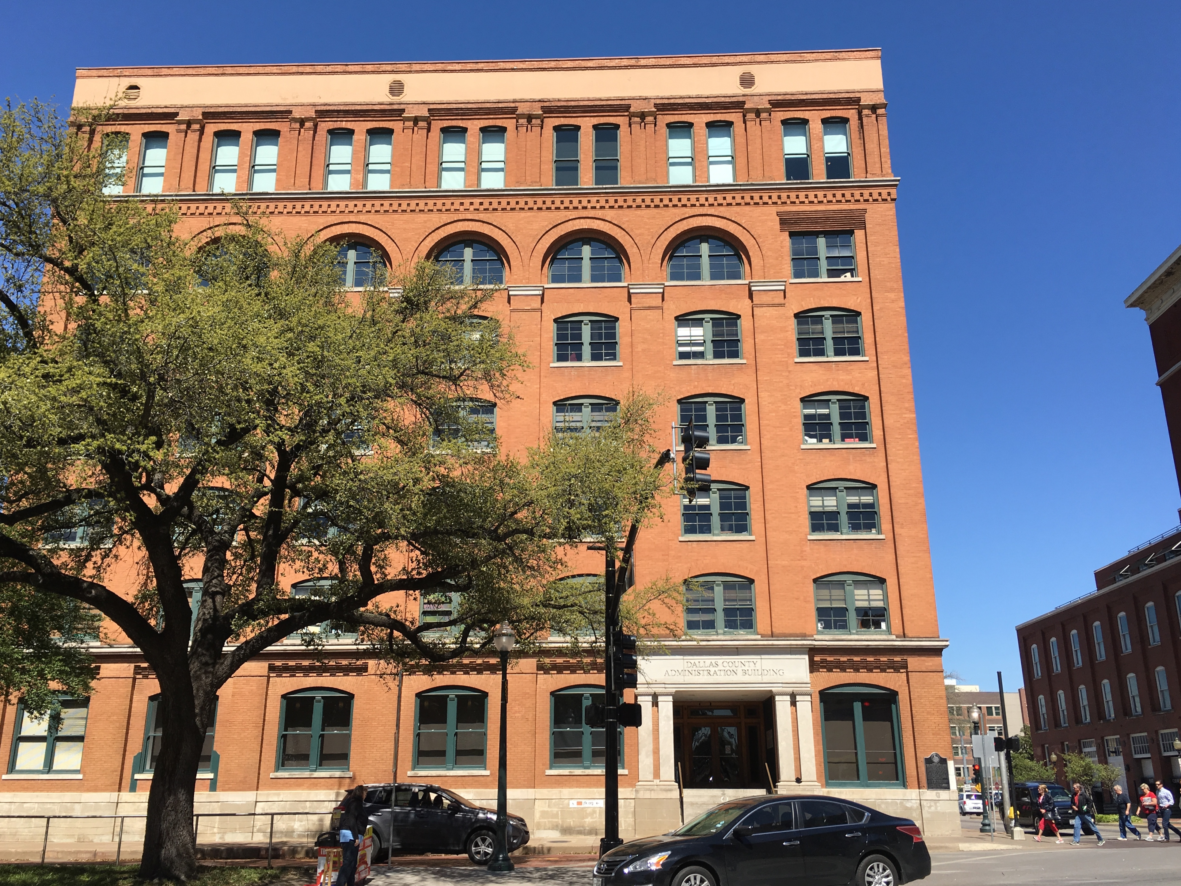 ... The Sixth Floor Museum At Dealey Plaza