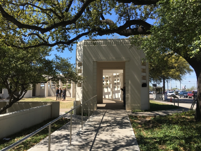 Memorial at the Grassy Knoll