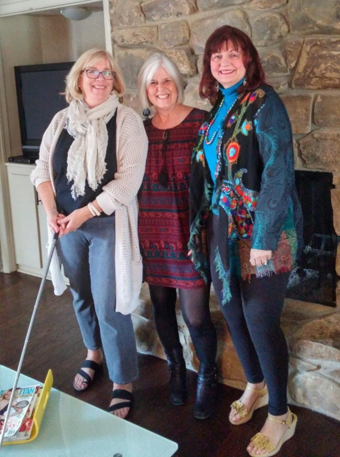 Martha, me and Charlene at our house