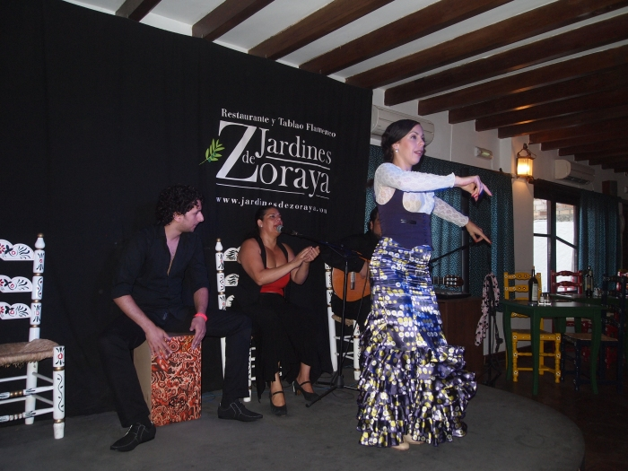 flamenco dancers at Jardines de Zoraya in Granada