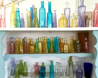 pretty glass vases