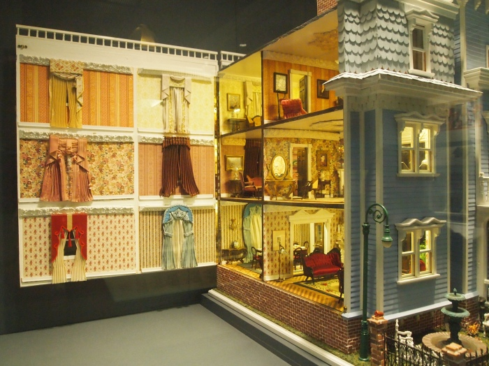 dollhouse exhibit