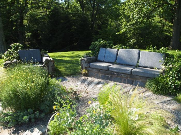 ruin and gravel gardens
