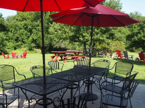 Outdoor patio at the Barns