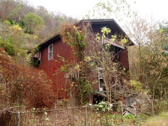 abandoned house in Thurmond