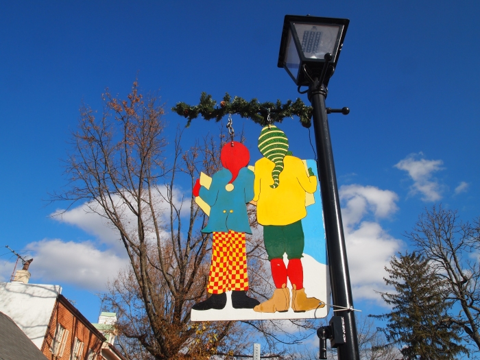street lamp Christmas decor