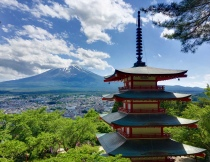 Chureito Pagoda & Mt. Fuji