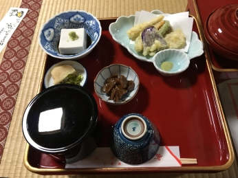 monk's meal at Kumagaiji